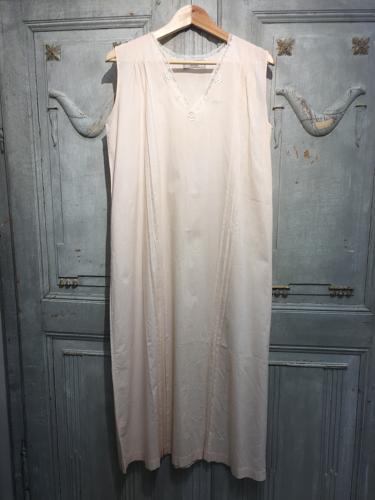 Vintage peach cotton French slip