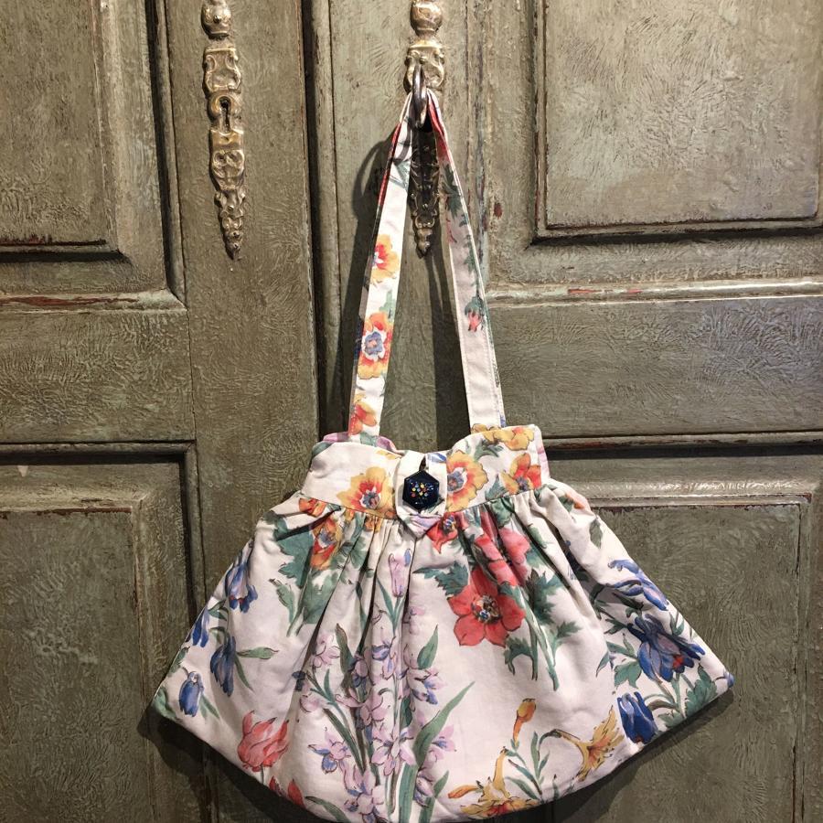 Vintage fabric handbag handcrafted by Niki Fretwell