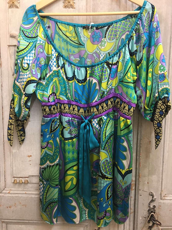 Joseph silk top size medium