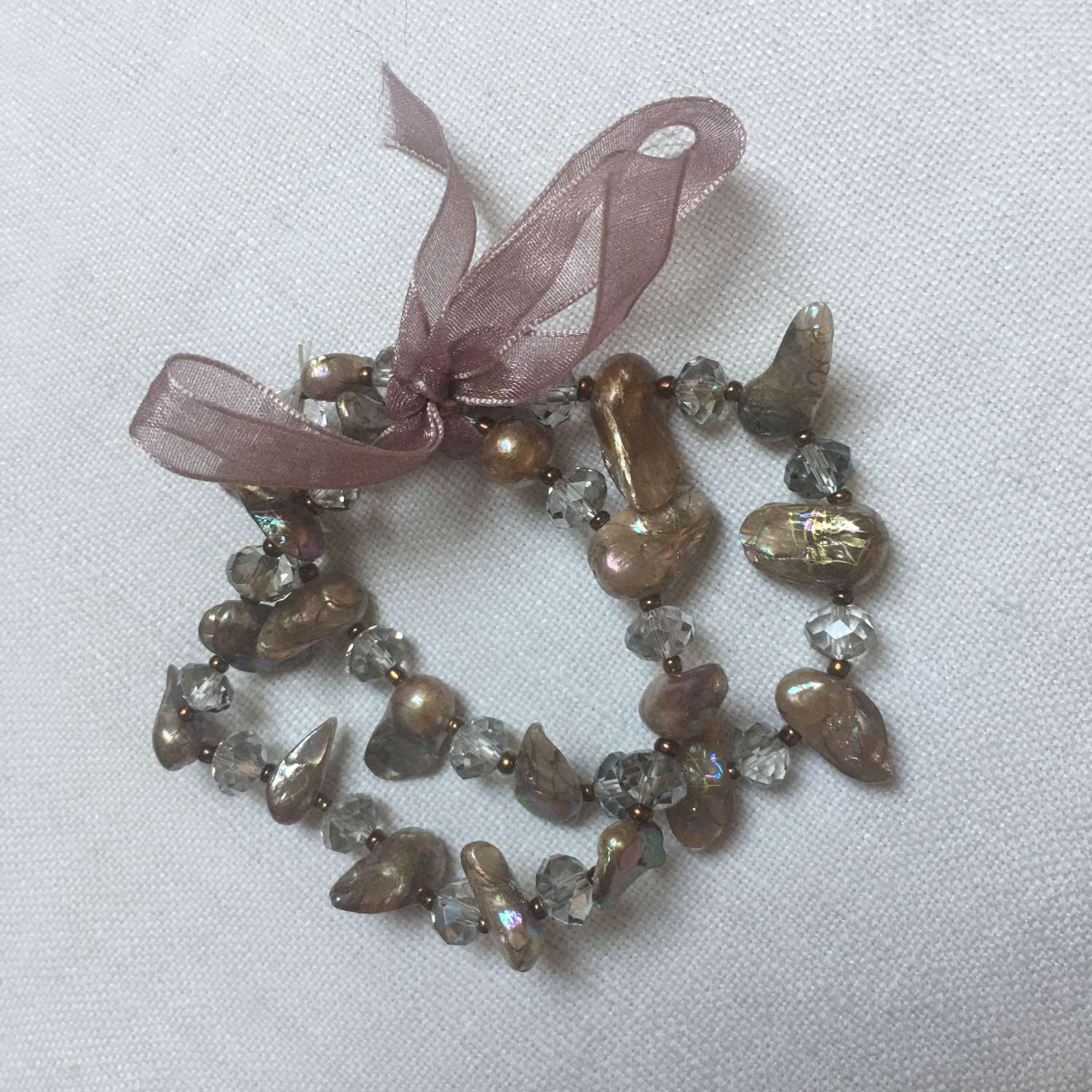 Elasticated brown pearl and crystal double-strand bracelet