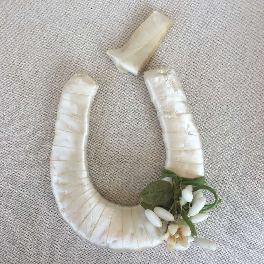 "Vintage 1930s ""Good luck"" horseshoe"