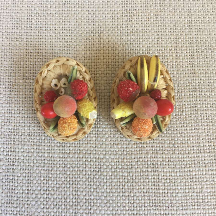Vintage 1950s fruit basket clip earrings