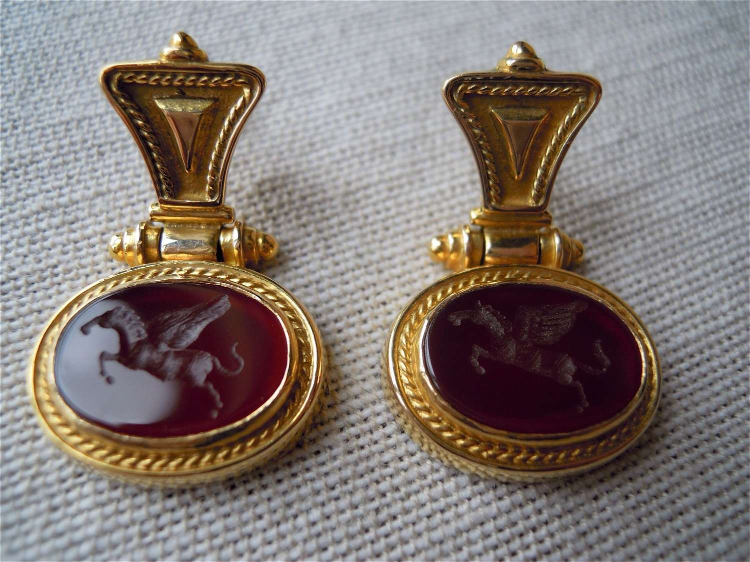18ct gold and carnelian horse intaglio earrings