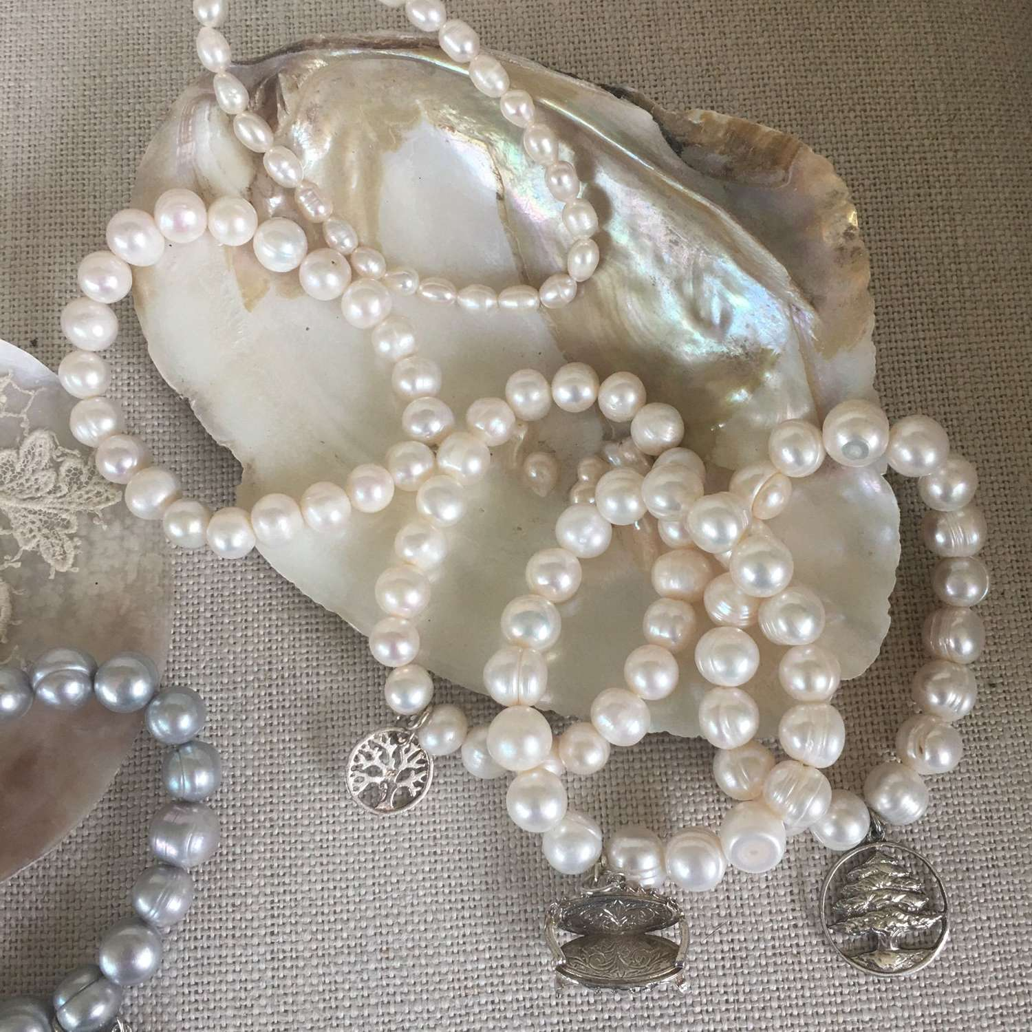 White contemporary freshwater pearl bracelets