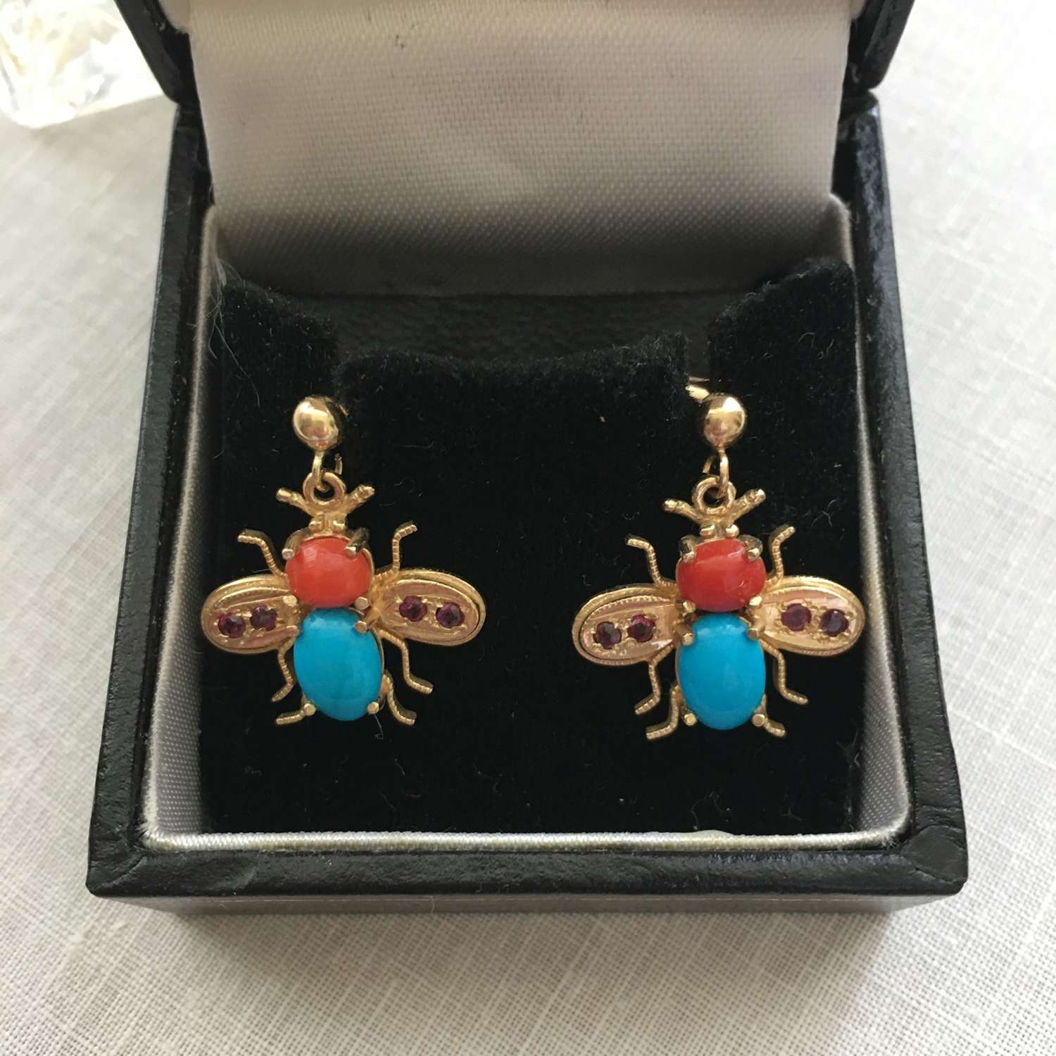 9ct gold coral and turquoise bee stud/drop earrings