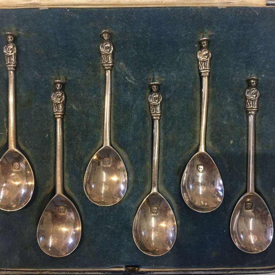 Hallmarked 1936 London set of six spoons