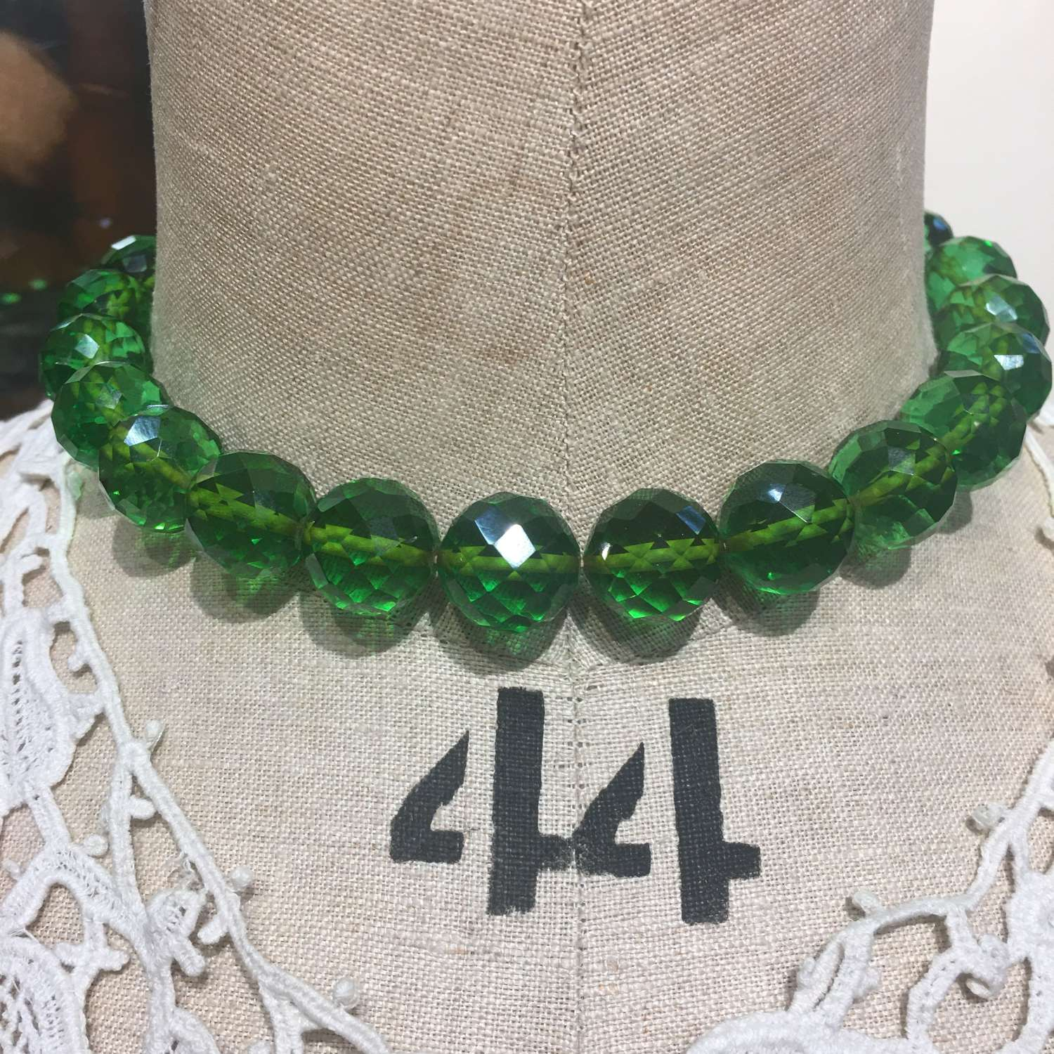Vintage emerald green faceted necklace