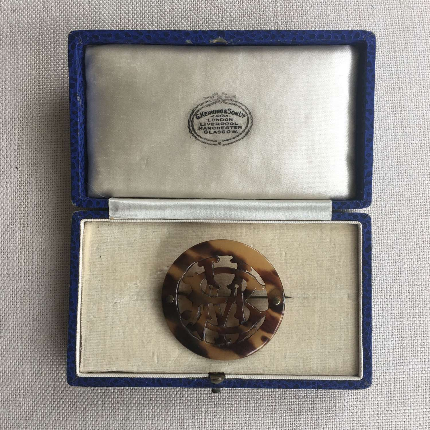 """Antique tortoiseshell brooch with initials """"B"""" and """"M"""""""