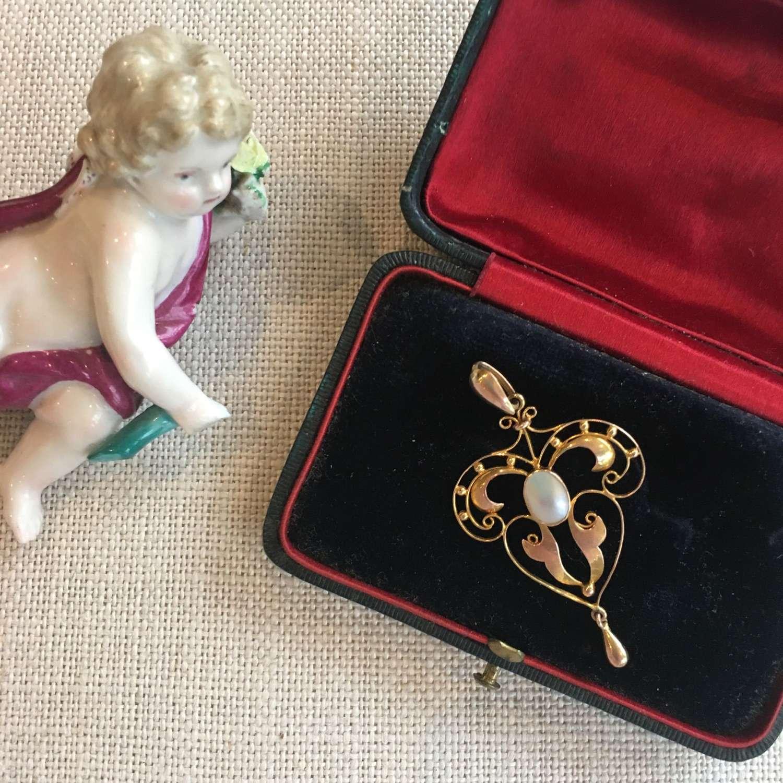 9ct rose gold blister pearl pendant Art Nouveau Style