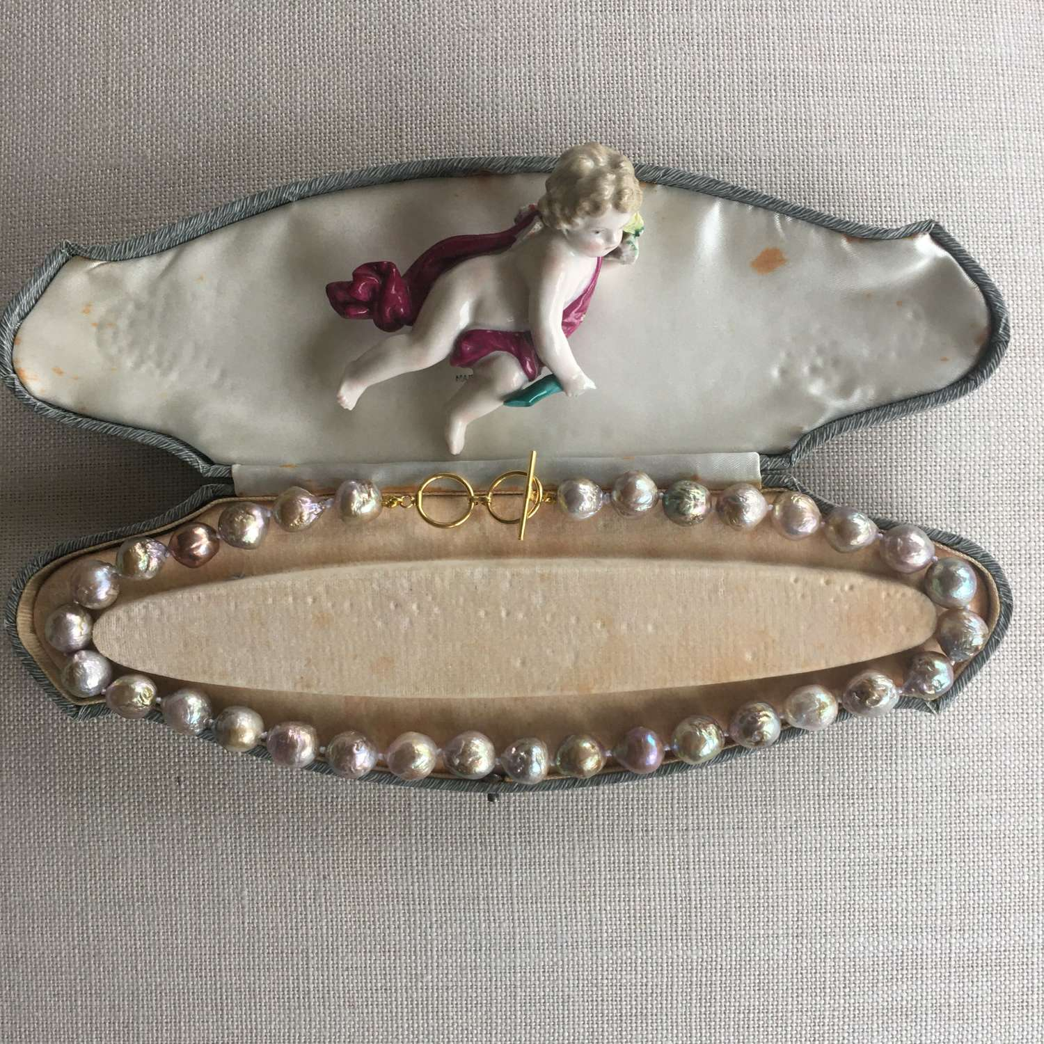 Kasumi-like large baroque freshwater pearl necklace