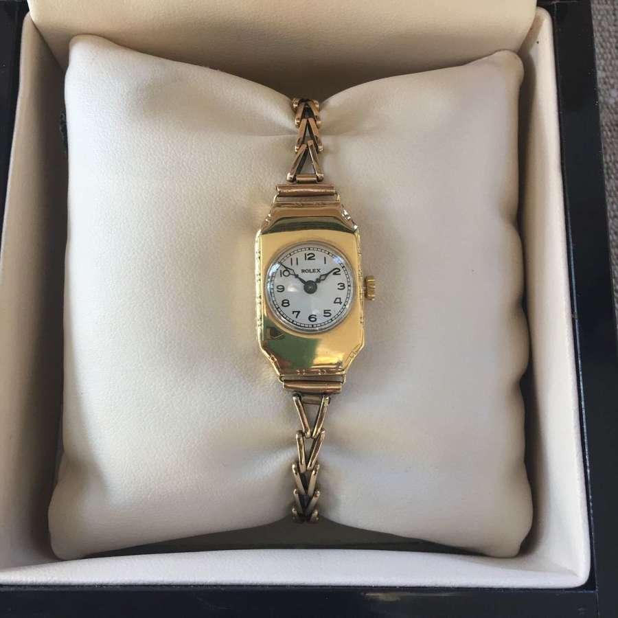 18ct gold vintage ladies Rolex watch on a gold bracelet