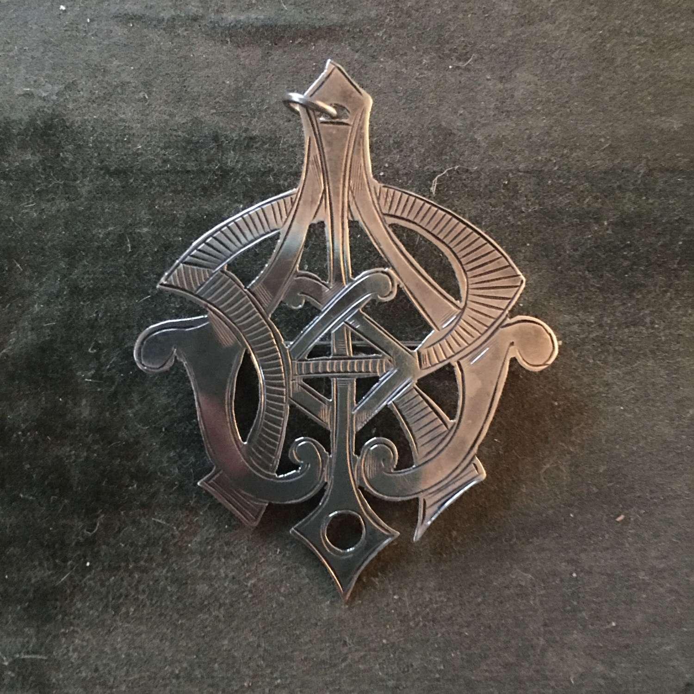 Hallmarked silver pendant/brooch 1924