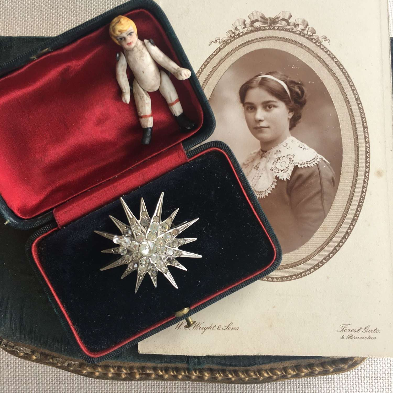 Silver and paste star brooch