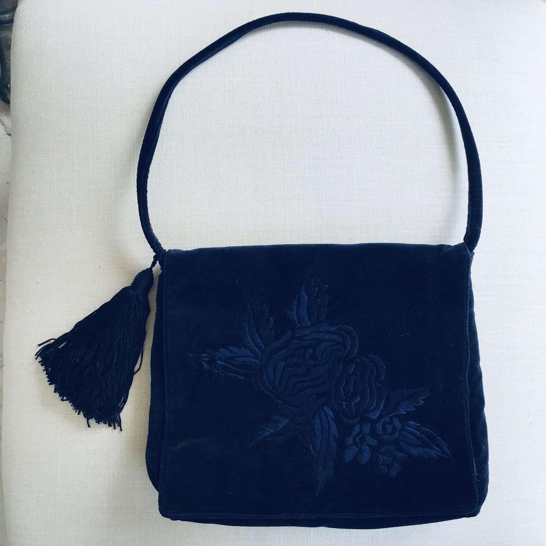 Vintage blue velvet shoulder bag unused by Paola del Lungo Italy
