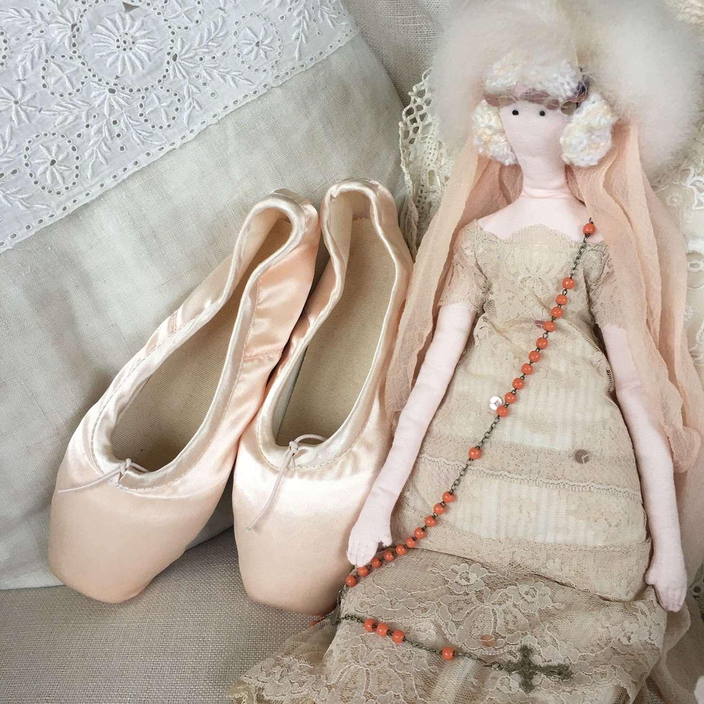 Pale pink satin ballet shoes unworn