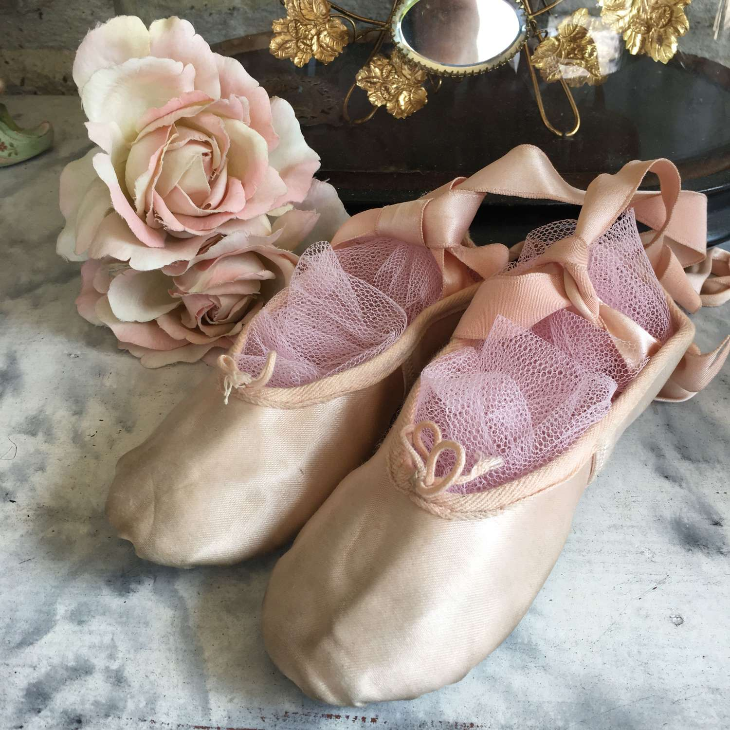 Pale pink leather ballet shoes with ribbon ties unworn