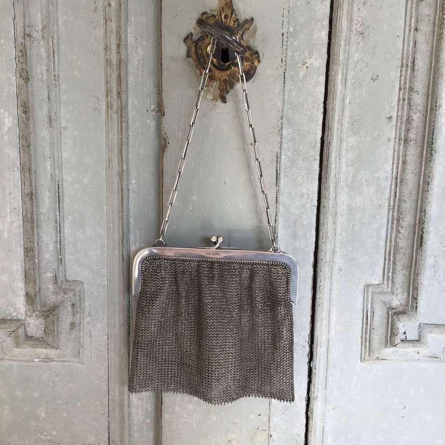 Silver chain mail bag by Gourdel & Vale 1915