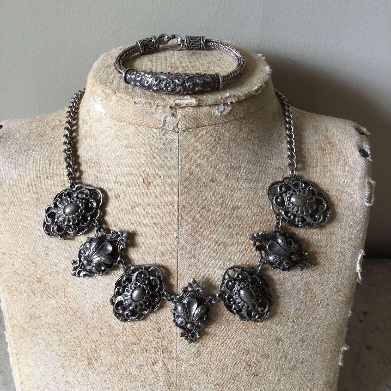 Vintage decorative metal necklace